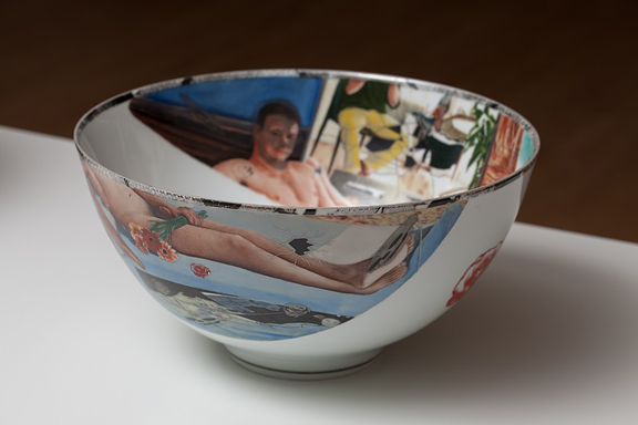 Porcelain bowl with classical style of painting of man reclining like an odalisque